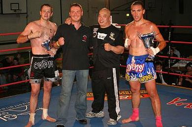 Muay thai kickboxing adelaide